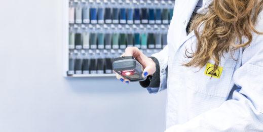 Spektrofotometry zastąpią kolorystów?