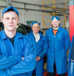 Jak zgodnie z prawem zatrudnić pracownika zza wschodniej granicy?