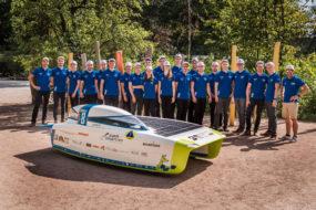 Zespół Punch Powertrain Solar Team weźmie udział w Bridgestone World Solar Challenge w barwach od marki Cromax