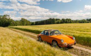 Pomarańczowy majstersztyk – renowacja klasycznego samochodu