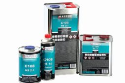 Master C38 VHS 2:1 i Master C 108 HS 2:1 – nowe lakiery bezbarwne od firmy TROTON gwarantują łatwość aplikacji i wysoki połysk
