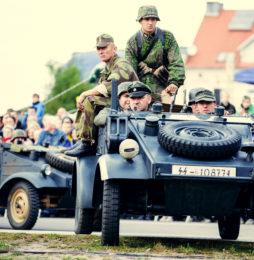 RAL 7021, ale czy na pewno? Kolor Panzergrau w renowacji niemieckich pojazdów wojskowych okresu II wojny światowej