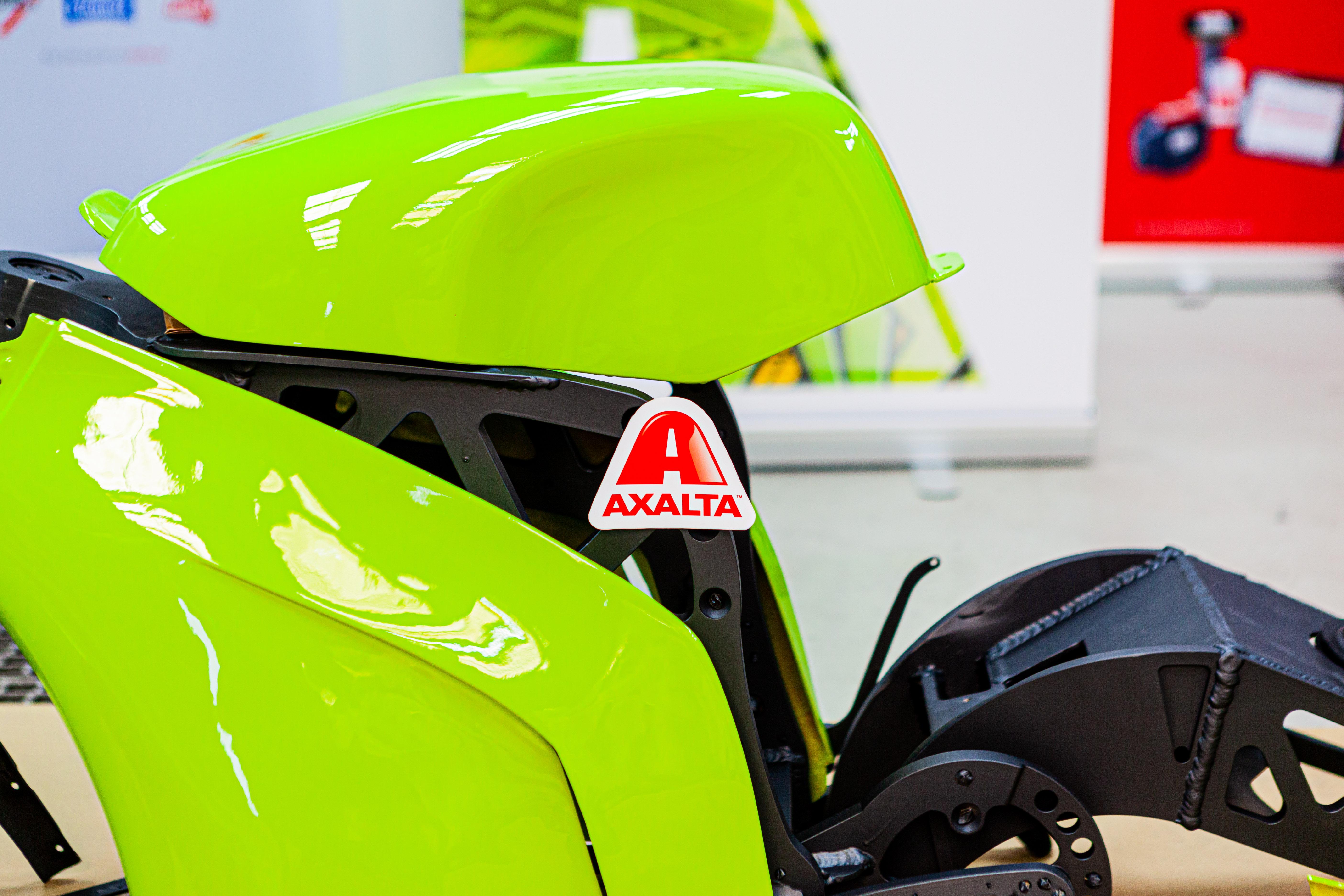 axaltas-electrolight-colour-of-choice-for-wolfast-uniovi-2