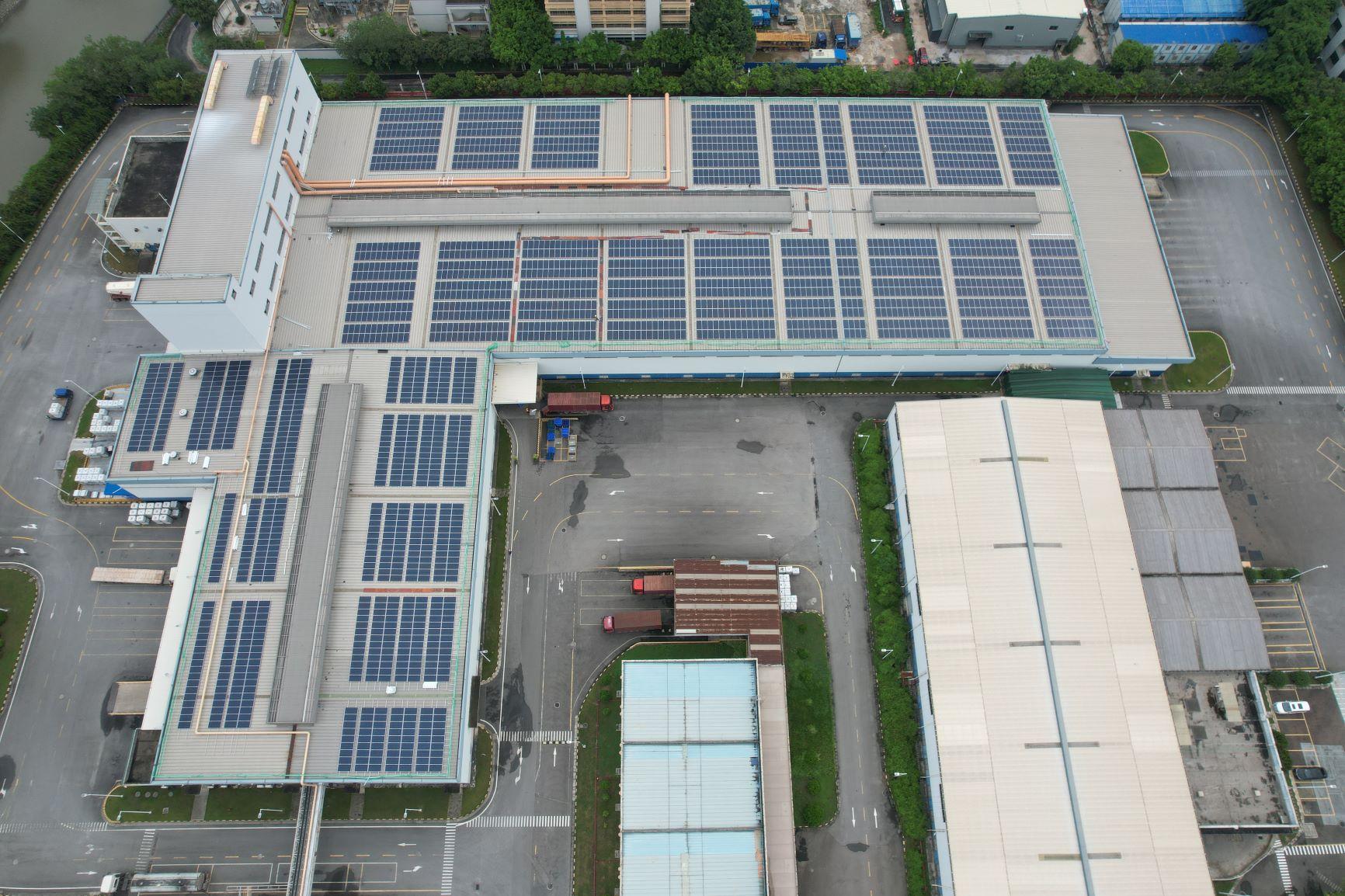 akzonobel_guangzhou_solar_panels