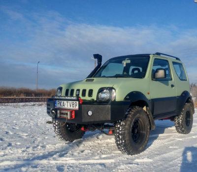 Suzuki w kolorze pistacjowym