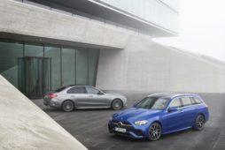 AkzoNobel i jego marka Sikkens kontynuują współpracę z producentem samochodów Mercedes-Benz w Chinach i Indonezji